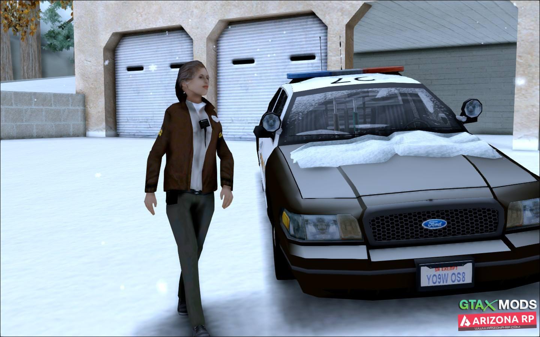 Новая модненькая девушка из полиции / Шериф